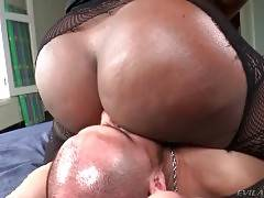 Alex Victor Warms Pretty Ebony TS Jennifer Rios Up 2
