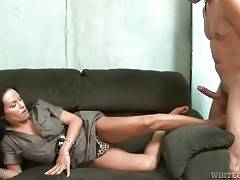 Pretty Tranny Likes To Get Her Body Worshiped 3