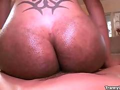 Tough Guy Does Ebony Tranny 3